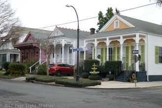 Interesting homes in the Algiers neighborhood
